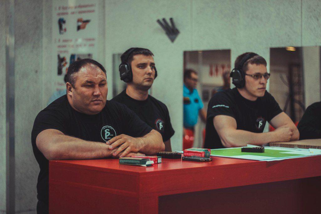 Команда, сформированная из сотрудников личной охраны, приняла участие в спартакиаде среди ЧОПов