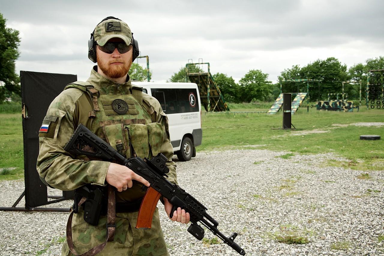 Сотрудник личной охраны «Сигма-Профи» на подготовке в Гудермесе