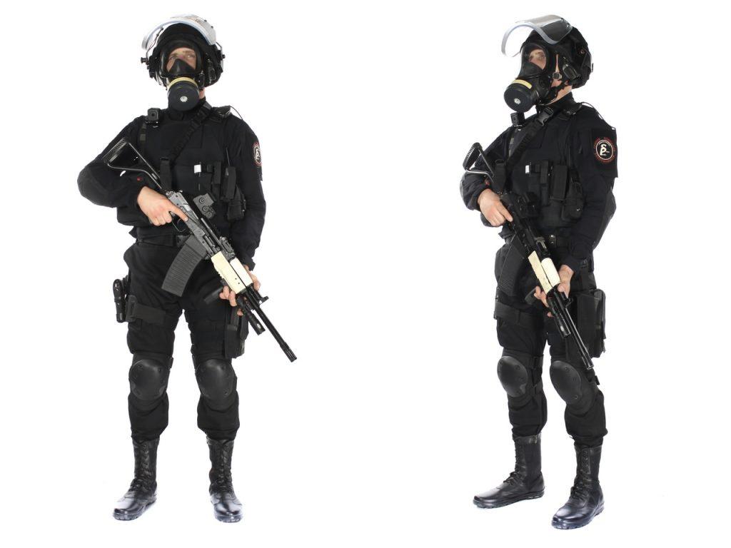 Виды формы охранников в зависимости от объекта и времени года