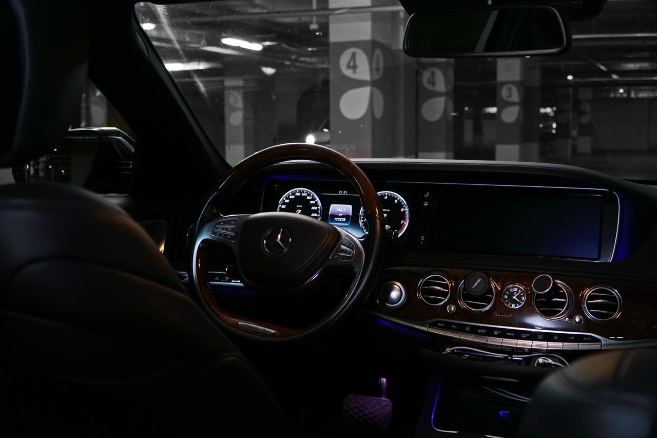 Автомобили: Mercedes-Benz  S-class